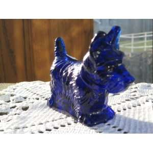 Highly Detailed Hand Cast Scottish Terrier Scotty Dog