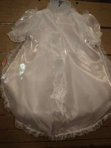 New Baby Girls Christening Baptism Gown/WEDDING/XS/ 0 3 MONTHS
