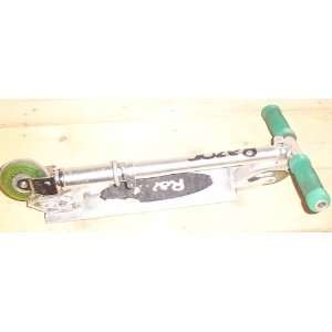 Green Razor Scooter Lite Weight Kick Scooter Sports