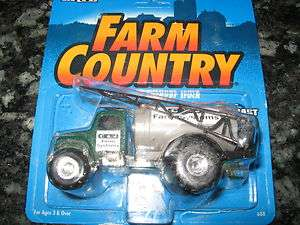 Ertl 1/64 scale diecast metal Farm Country AG Service Sprayer Truck