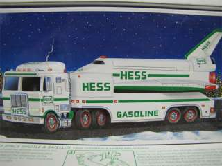 Amerada HESS SPACE SHUTTLE Toy Truck Original Box 1999