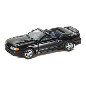 1998 Ford Mustang Cobra Convertible 1/24 Black Toys
